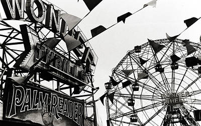 Wonder Wheel Poster by Madeline Ellis