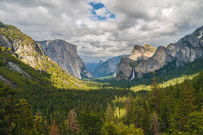 Yosemite Valley Poster by Sarit Sotangkur
