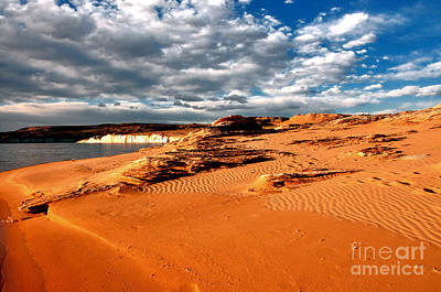 Lake Powell Morning Clouds Poster