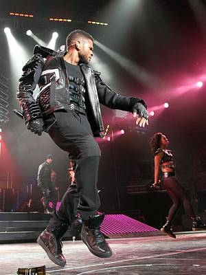 Usher On Stage For Usher In The Omg Poster