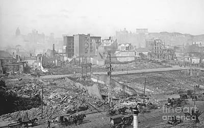 1906 Earthquake Damage To Nob Hill In San Francisco Poster