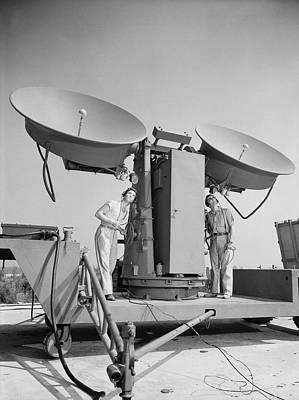 1950 Doppler Radar Antenna Has Metallic Poster