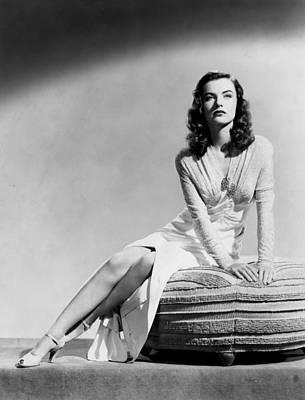 Ella Raines, 1944 Poster by Everett