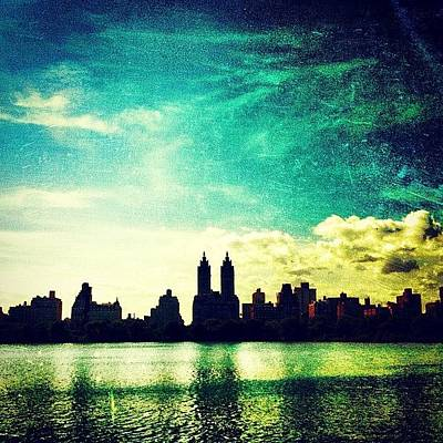 A Paintbrush Sky Over Nyc Poster