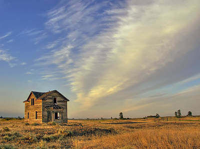 Abandoned Homestead - Fishtrap Lake - Eastern Washington Poster by Daniel Hagerman