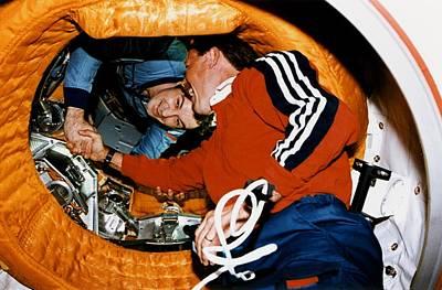 Astronaut Robert Gibson, Greets Poster by Everett