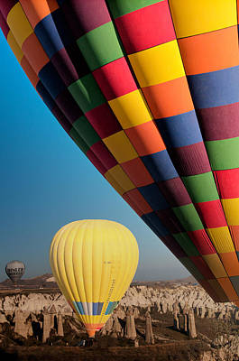 Ballons - 3 Poster by Okan YILMAZ