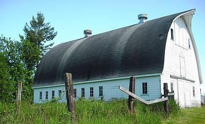 Barn In Longview Poster