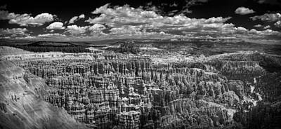Bryce Canyon - Black And White Poster by Larry Carr