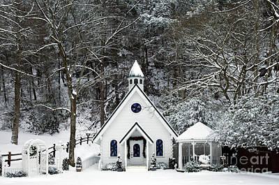 Chapel In The Snow - D007592 Poster