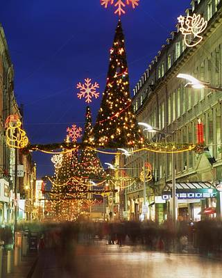 Christmas In Dublin, Henry Street At Poster by The Irish Image Collection