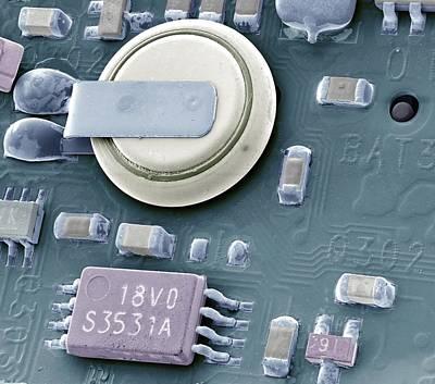 Circuit Board Battery, Sem Poster by Steve Gschmeissner