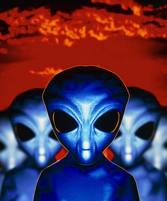 Computer Artwork Of Aliens Or Extraterrestrials Poster by Victor Habbick Visions