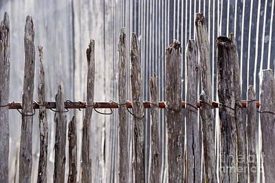 De-fence Poster