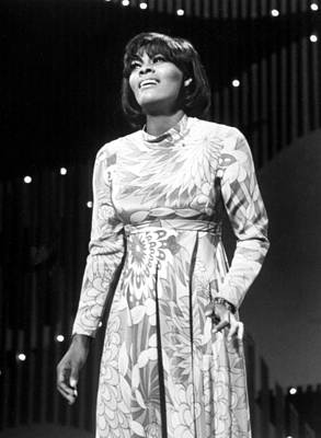 Dionne Warwick On The Ed Sullivan Show Poster