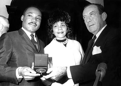Dr. Martin Luther King Jr., With Wife Poster