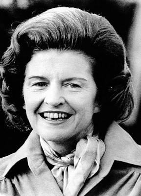 First Lady Betty Ford Talks To Newsmen Poster by Everett