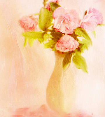 Fleurs Pastel Poster by Linde Townsend