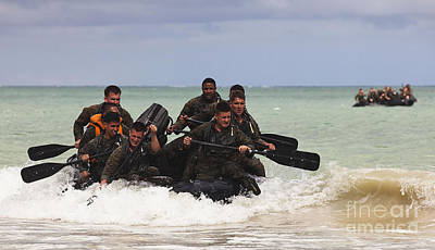 Force Reconnaissance Marines Paddle Poster by Stocktrek Images