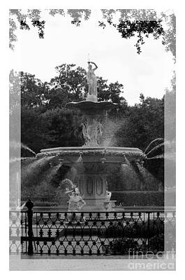 Forsyth Park Fountain - Black And White Poster