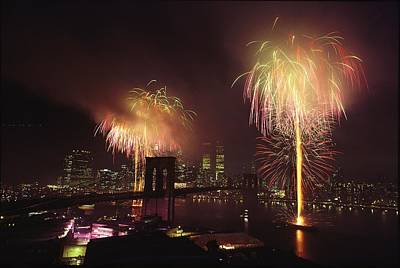 Fourth Of July Fireworks Over New York Poster by Medford Taylor