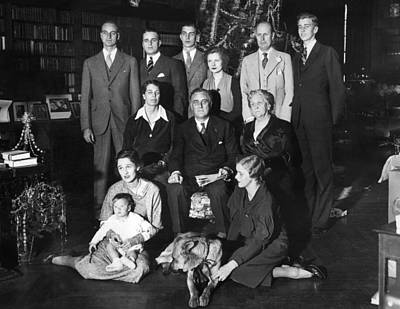Franklin Roosevelt Family On Christmas Poster by Everett