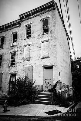Glencoe-auburn Place In Cincinnati Ohio Poster by Paul Velgos