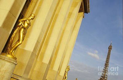 Gold Statue . Trocadero. Paris Poster
