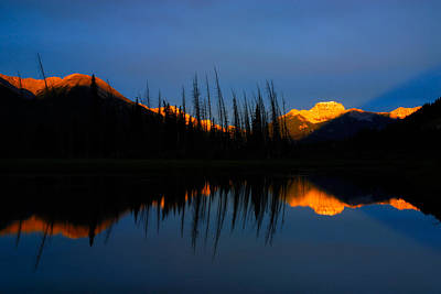 Golden Sunrise With Blue Background On Vermillion Lake Poster