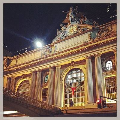 Grand Central Christmas Wreath Poster