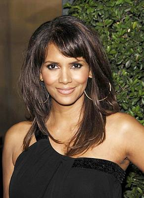 Halle Berry At Arrivals For Things We Poster by Everett