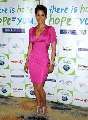 Halle Berry Wearing A Dress By Roberto Poster by Everett