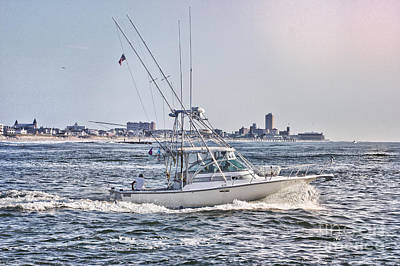 Hdr Fishing Boat Boats Sea Ocean Beach Beachtown Scenic Oceanview Photos Photography Pictures Photo  Poster