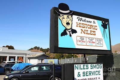 Historic Niles District In California Near Fremont . Welcome To Niles Sign . 7d10603 Poster