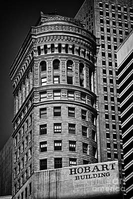 Hobart Building In San Francisco - Black And White Poster by Hideaki Sakurai