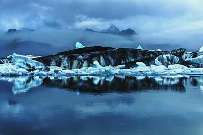 Icebergs In Jokulsarlon Poster