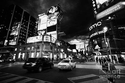 Intersection Of Yonge And Dundas At Night Yonge-dundas Square Toronto Ontario Canada Poster