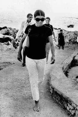 Jacqueline Kennedy Onassis On Vacation Poster by Everett
