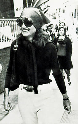Jacqueline Kennedy Onassis, Sightseeing Poster by Everett