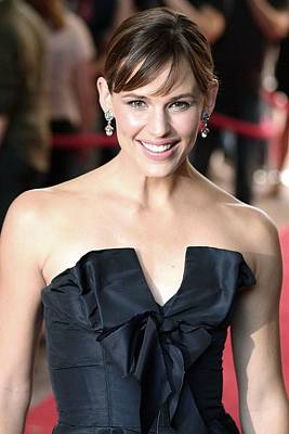 Jennifer Garner At Arrivals For Juno Poster by Everett