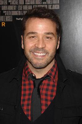 Jeremy Piven At Arrivals For The Poster by Everett
