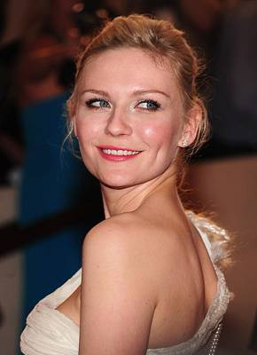 Kirsten Dunst At Arrivals For American Poster by Everett