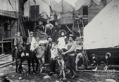 Klondike Gold Rush, 1898 Poster by Photo Researchers, Inc.