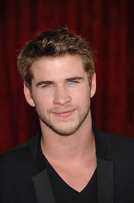 Liam Hemsworth At Arrivals For Thor Poster