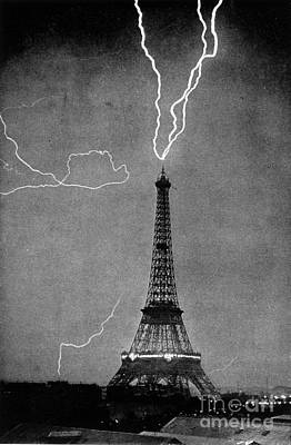 Lightning Strikes Eiffel Tower, 1902 Poster by Science Source