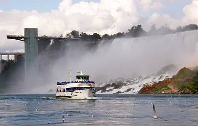 Poster featuring the photograph Maid Of The Mist At Niagara Falls by Mark J Seefeldt