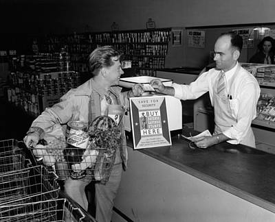 Mickey Rooney Paying For His Groceries Poster by Everett
