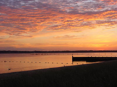 Poster featuring the photograph North Fork Li Sunrise by Frank Wickham
