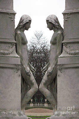 Paris Luxembourg Gardens Female Statues - Paris Sculpture Art Poster by Kathy Fornal
