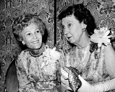 Pat Nixon And Mamie Eisenhower Talking Poster by Everett